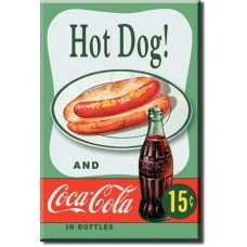 magnet hot dog' green background'
